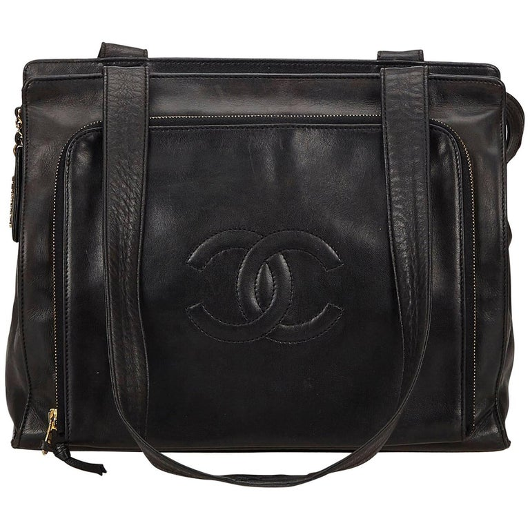 e17837091adc Chanel Black CC Lambskin Leather Bag at 1stdibs