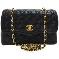 """Chanel Vintage 9"""" Black quilted Curved Flap Shoulder Bag"""