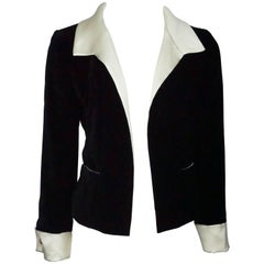 Chanel Black Velvet and Ivory Silk Jacket - 40 - 00A