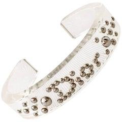 Christian Dior Lucite & Chrome Gestüt Logo Manschette Armband