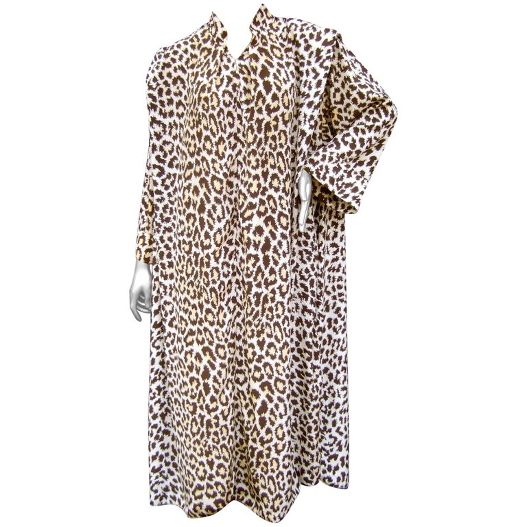 6f8dccc39a Saks Fifth Avenue Animal Print Lounge Gown for Mollie Parnis circa 1970s  For Sale