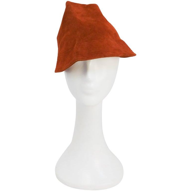 1930s Rust Suede Robin Hood Hat
