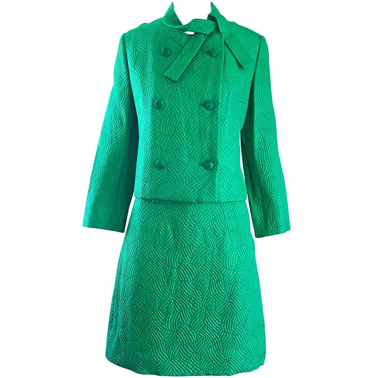 Chic 1960s Kelly Green Quilted Silk Dress and Cropped Jacket Vintage 60s Set