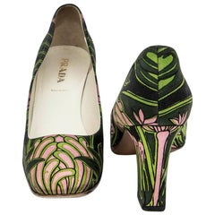 PRADA Pumps with Green and Pink Prints and Square Toe Size 38.5FR