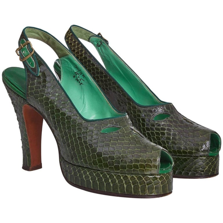 Belegante 1940s Green Snakeskin Heeled Slingback Shoes with Peep Toe US size 5.5 For Sale