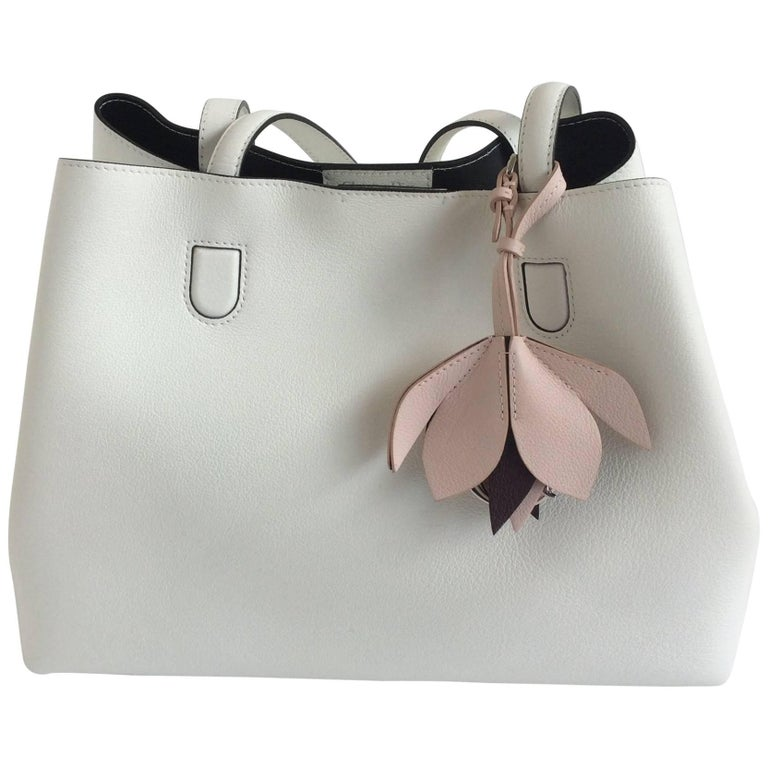 ef80076244 Christian Dior White Leather Blossom Bag For Sale at 1stdibs
