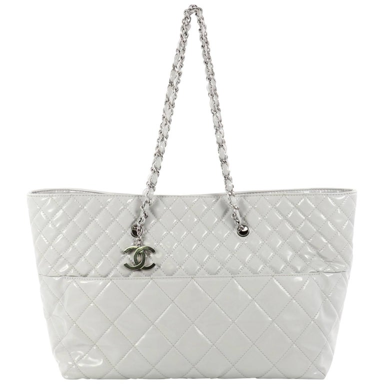 a611dd30346e2f Chanel In The Business Tote Quilted Patent Vinyl Large at 1stdibs