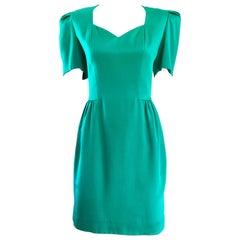 Vintage Carolina Herrera Size 6 1980s Kelly Green Strong Shoulder Silk 80s Dress