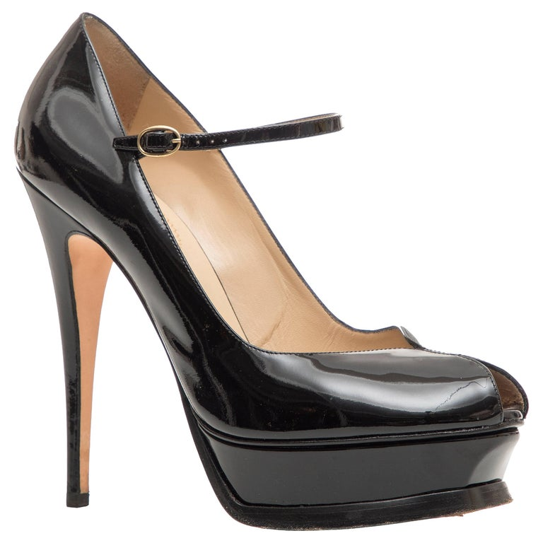 Yves Saint Laurent Black Patent Leather Platform Pumps For Sale