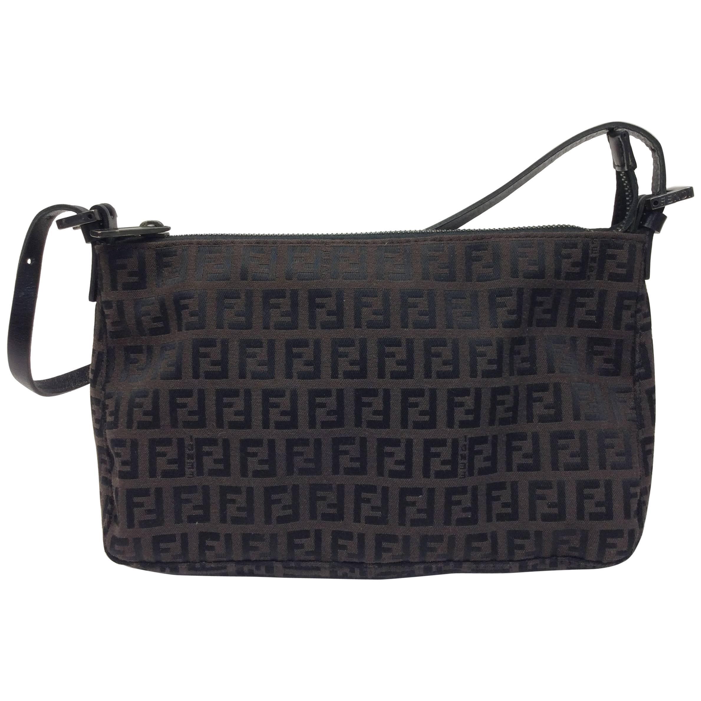 fc617600ea50 Fendi Black and Brown Shoulder Logo Bag For Sale at 1stdibs