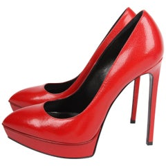Saint Laurent Caviar Leather Pumps - red