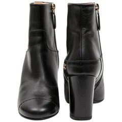CHANEL Boots in Black lamb Leather size 37FR