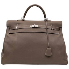 HERMES Kelly II 50 in Etoupe Clemence Lambskin leather with White Stitching