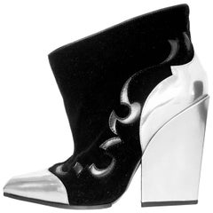 Sergio Rossi Black Velvet & Glazed Silver Leather Booties Sz 38