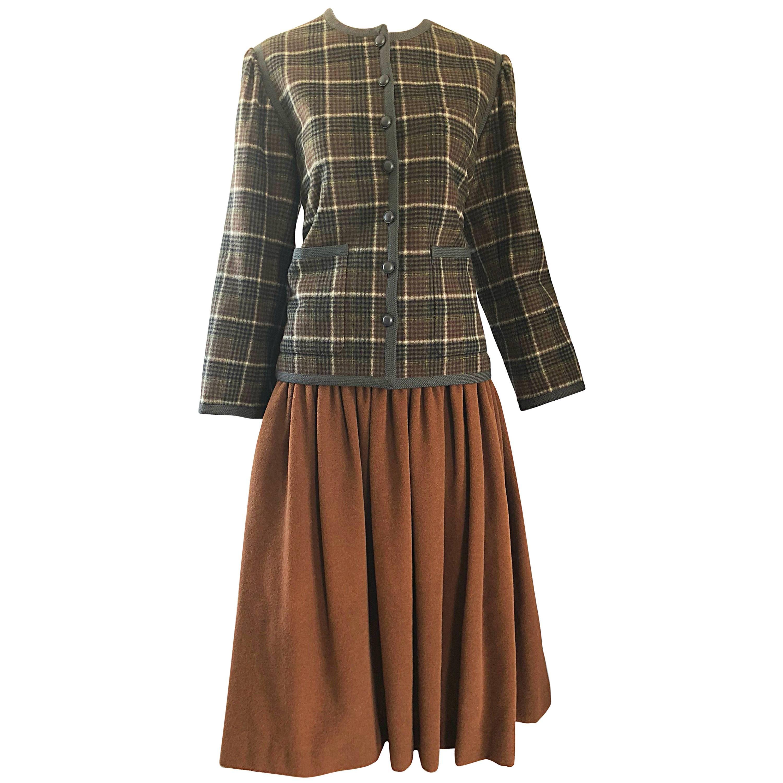 796212fa558 Yves Saint Laurent 1970's Suit in Wool Gabardine For Sale at 1stdibs