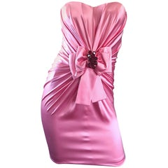 1990er Jahre Dolce und Gabbana Kaugummi Rosa + Rot Kristall Perlen der 90er Jahre Seide Mini-Kleid