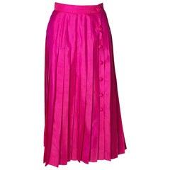 A Vintage 1970s silk high waisted pleated day skirt