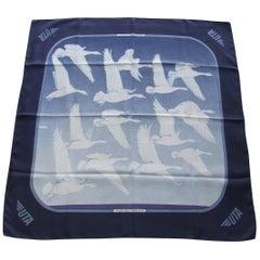 Hermès Silk Scarf Oiseaux Migrateurs Cathy Latham Special Edition UTA 90 cm 1B