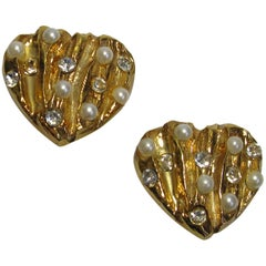 CHRISTIAN LACROIX Vintage Heart Clip-on Earrings in Gilt Metal and rhinestones