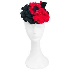1940s Black and Red Cocktail hat With Velvet Accents