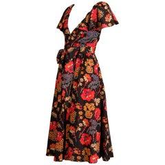 1970s Oscar de La Renta Floral Printed Flutter Sleeve Ruffled Silk Peasant Dress