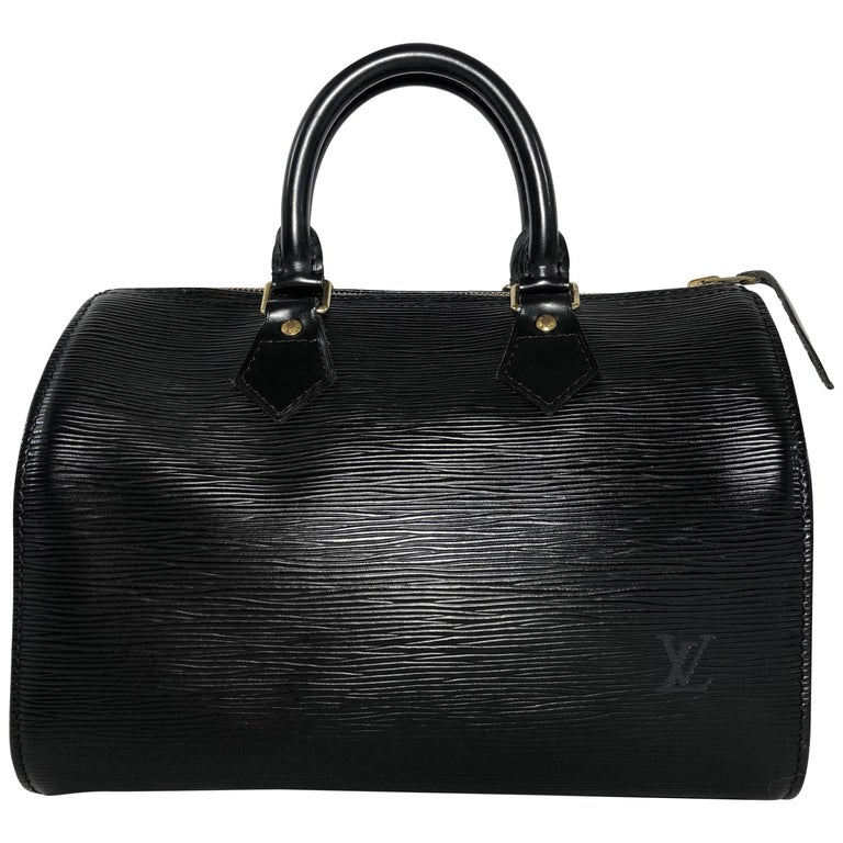Louis Vuitton Epi Speedy 25 in Black Top Handle Bag