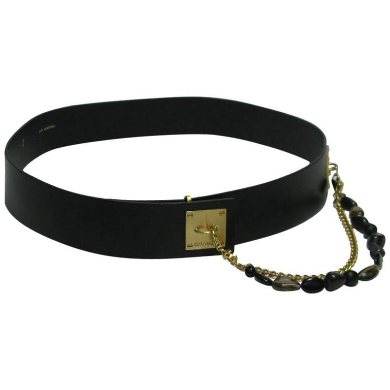 Chanel Belt in Black Leather With Double Chain in Gold Mesh and Dark Stones