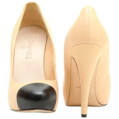 CHANEL Bicolor High Heels in Beige Smooth Lamb Leather size 39.5