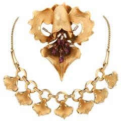 Two-Piece Large Gold Iris Brooch Flower Petal Choker Necklace Parure Set