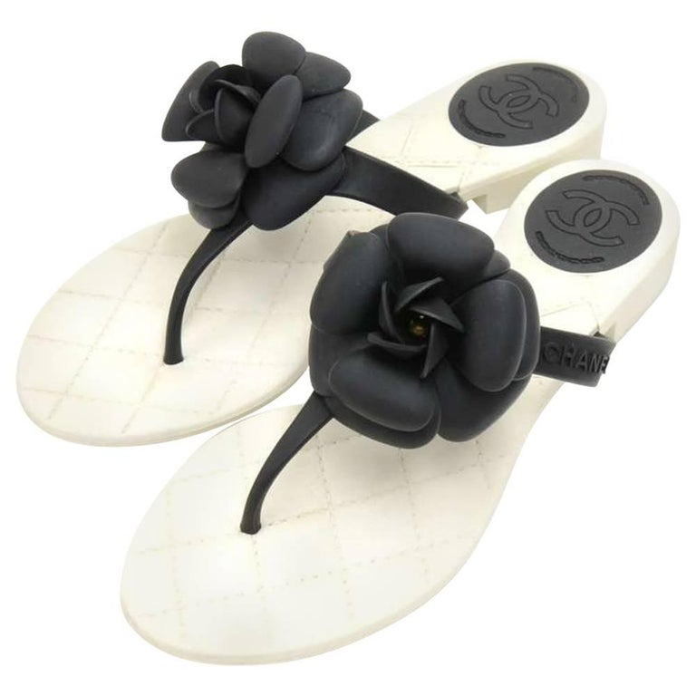 Chanel Black Camellia White Quilted Jelly Thong Sandals Size 37