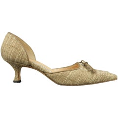 MANOLO BLAHNIK Size 7.5 Beige Woven Fabric Pointed Bow D'Orsay Pumps