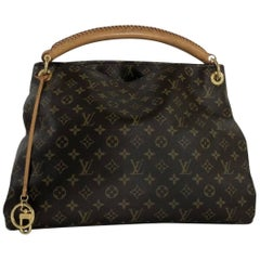 Louis Vuitton Monogram Artsy MM Hobo Bag