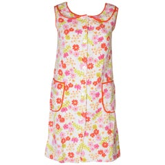 A Vintage 1960s floral printed Towelling summer Dress