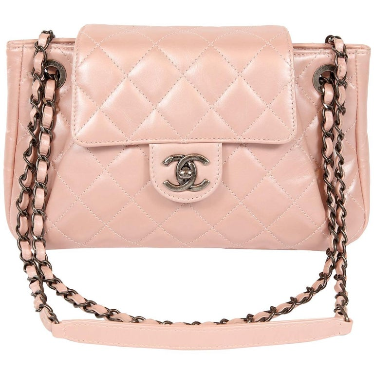 818a980b5334 Chanel Pearl Pink Leather Cross Body Flap Bag For Sale at 1stdibs