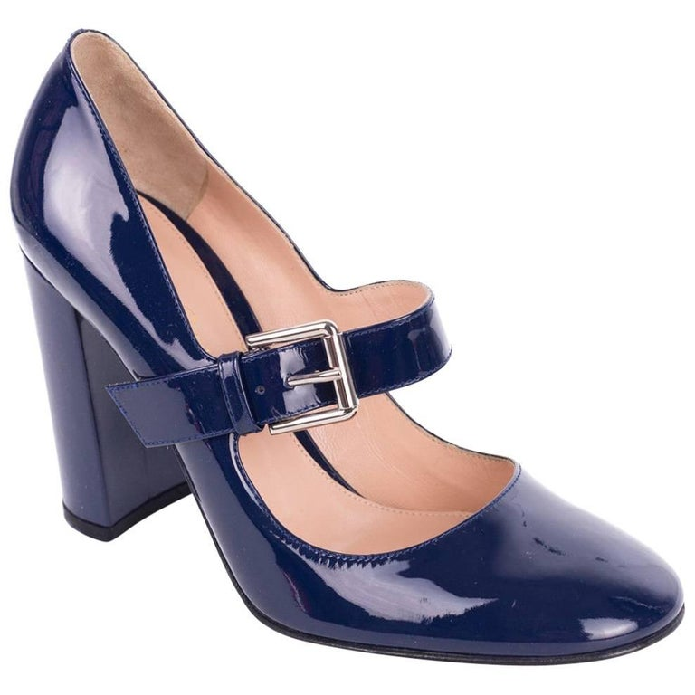 Gianvito Rossi Womens Blue Patent Round Toe Mary Jane Pumps