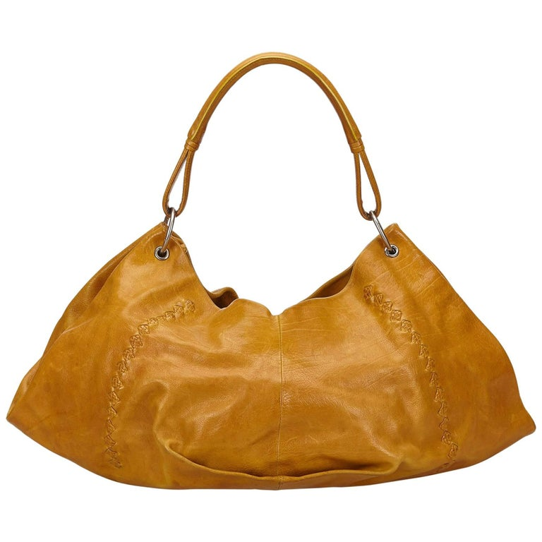 2910cd1fec22 Bottega Veneta Light Brown Leather Hobo Bag at 1stdibs