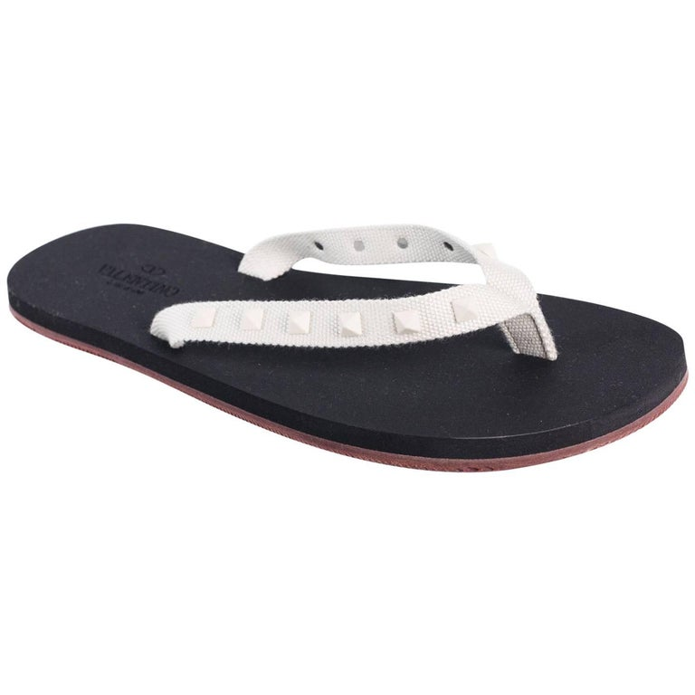 5c0bb058f354 Valentino Men s Rockstud White Studded Flip Flops For Sale at 1stdibs