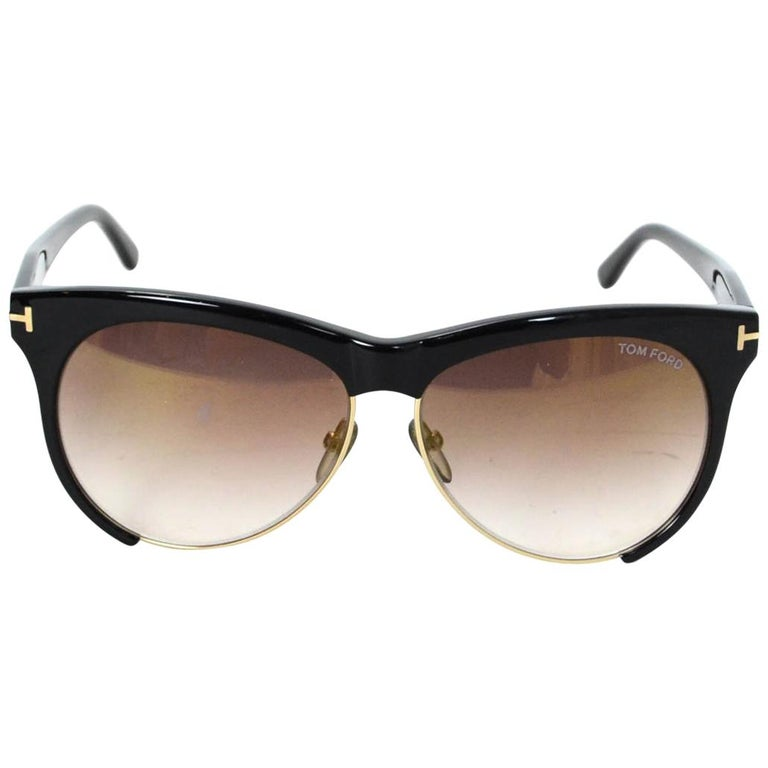 39a32e53f1 Pink Tom Ford Oversized Sunglasses For Sale at 1stdibs