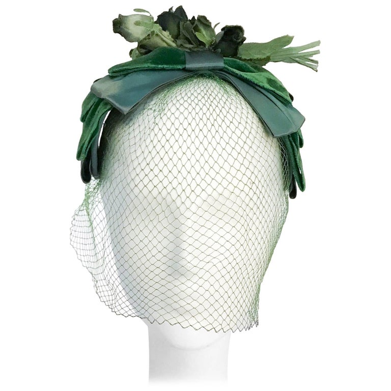 1950s Green Netted Cocktail Hat with Silk Roses
