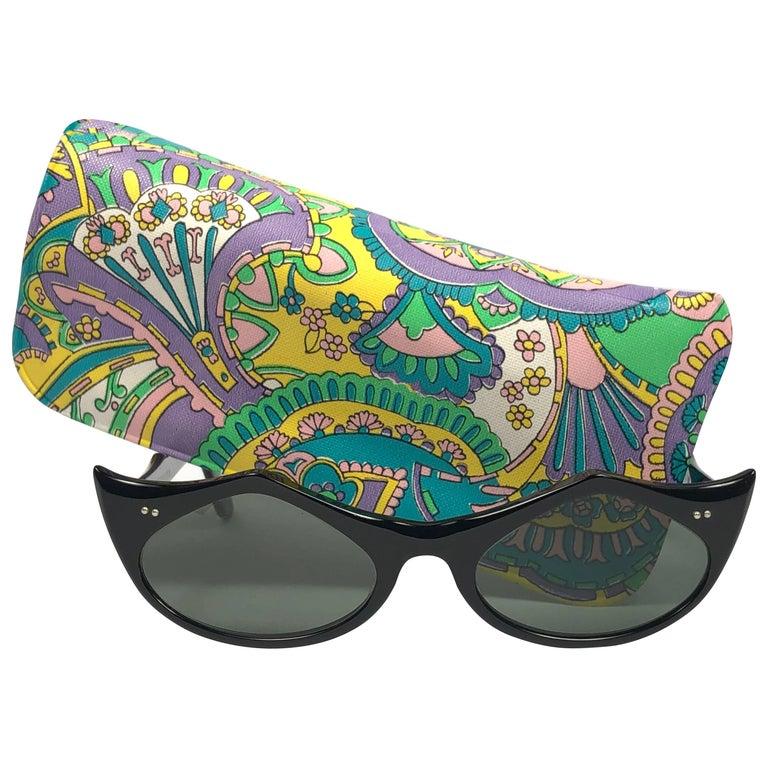 New Ray Ban Griffin 1960's Mid Century Black G15 Lenses B&L USA Sunglasses