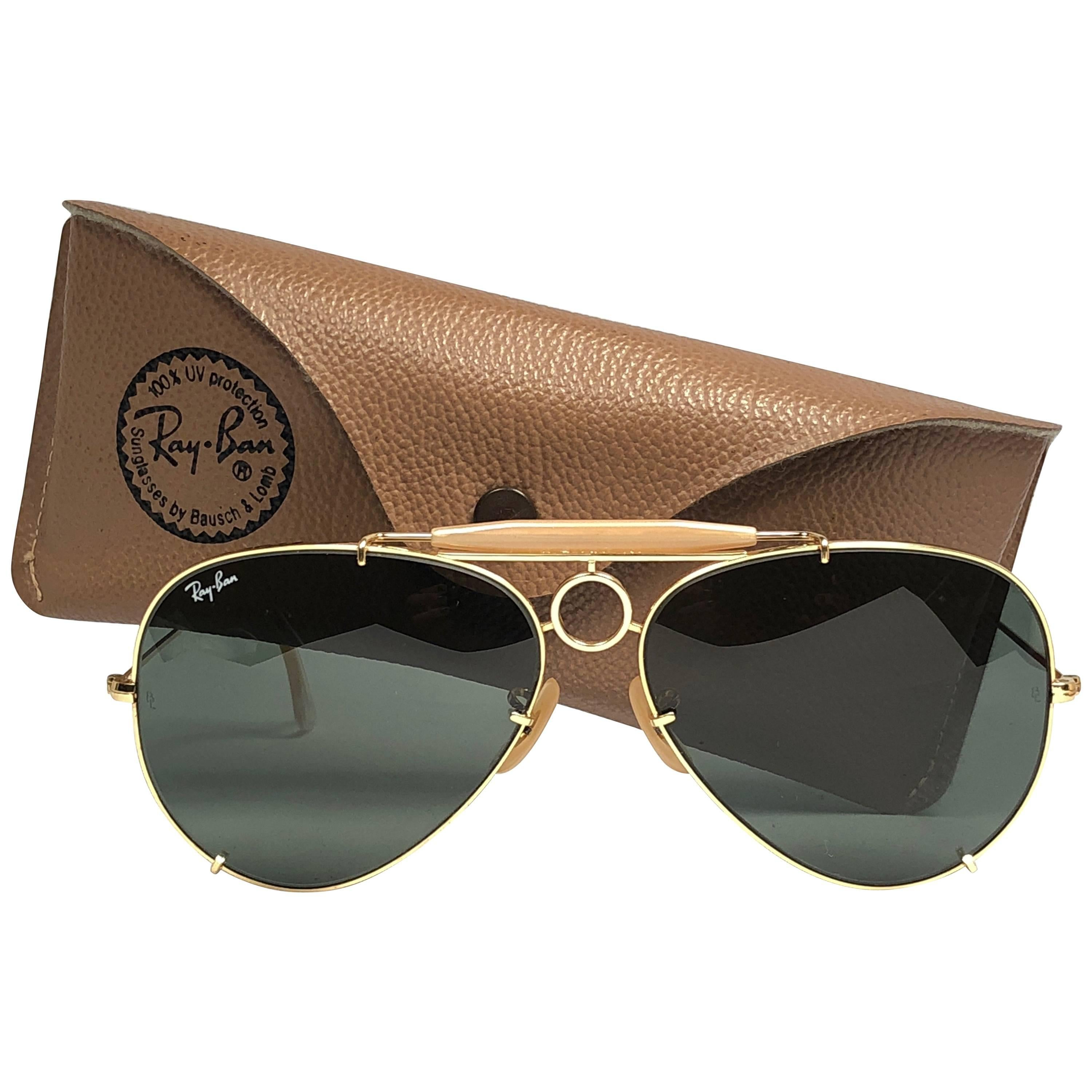 8a782df54d New Vintage Ray Ban Aviator 62Mm RB3 Green Lenses B L Sunglasses For Sale at  1stdibs