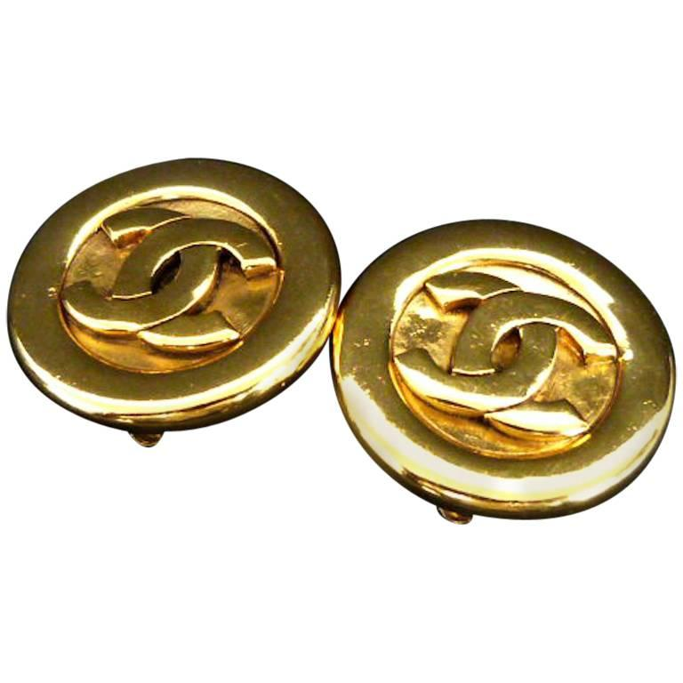 "Chanel Classic Gold-Toned ""CC"" Hardware Round Clip On Earrings For Sale"