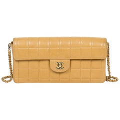 Shoulder bag Chanel Eastwest Flap in beige leather