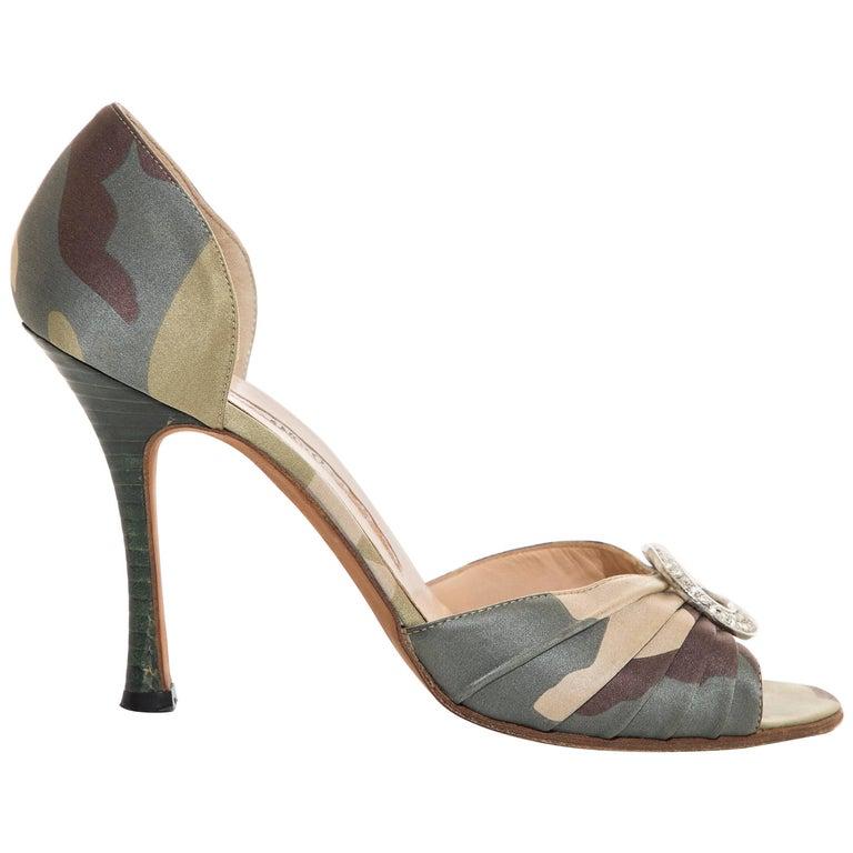 dbd38469399 Manolo Blahnik Satin Camouflage d Orsay Peep - Toe Pumps For Sale at 1stdibs