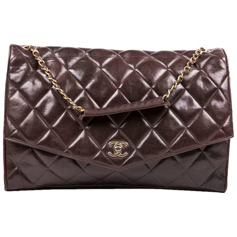 CHANEL Vintage Bag in Brown Smooth Quilted Lambskin Leather