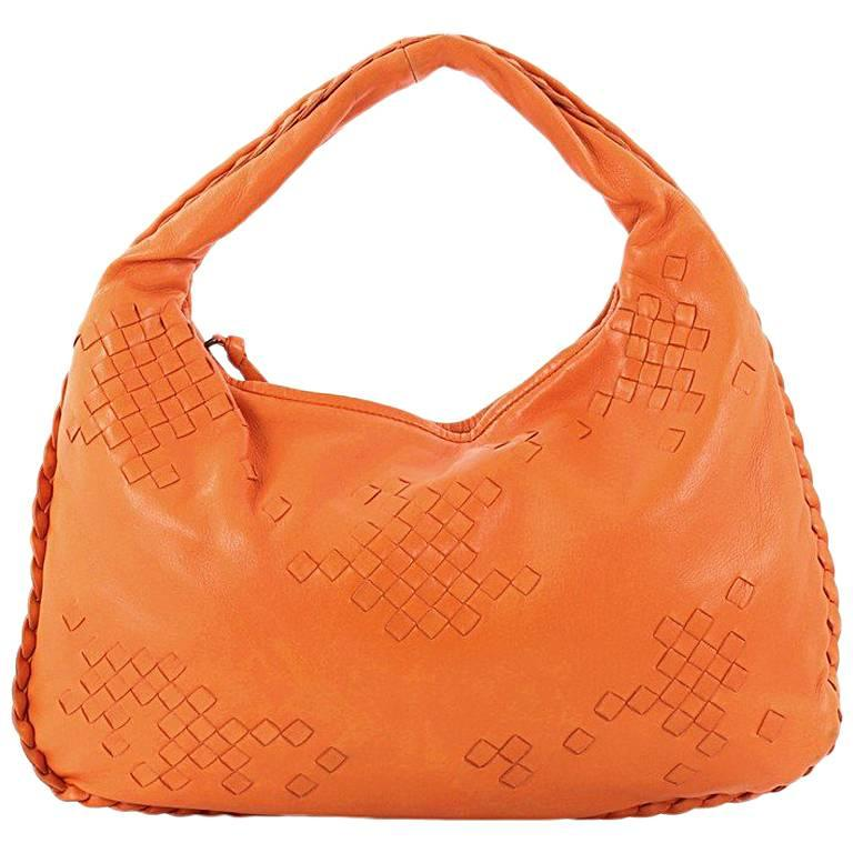 47d147576d2 ... Bottega Veneta Hobo Leather with Intrecciato Detail Medium 100%  authentic 7f533 844af ...