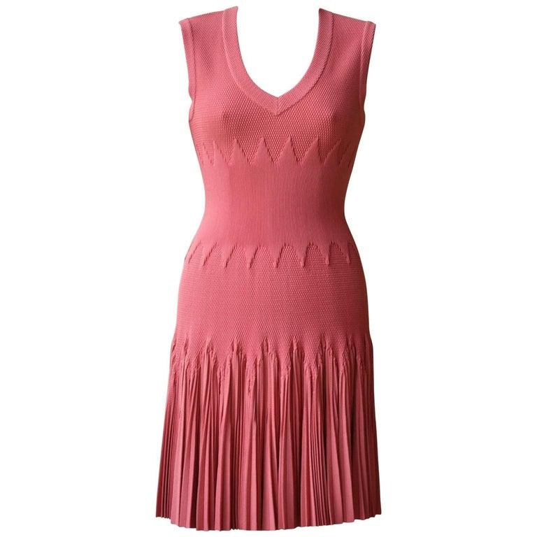 Azzedine Alaia Lamia Honeycomb-Textured Pleated Dress