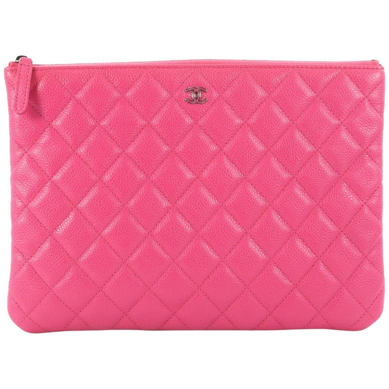 c621d4b8953e72 Chanel O Case Clutch Quilted Caviar Medium at 1stdibs