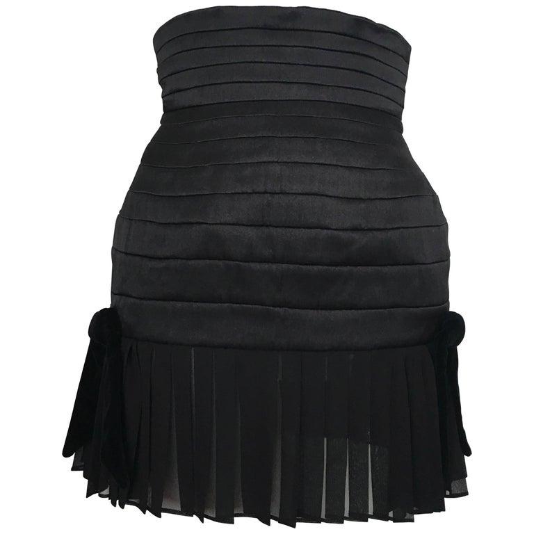 Claude Montana 1980s Black Silk Quilted Short Skirt Size 4.