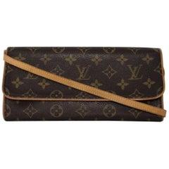 Louis Vuitton Monogram Pochette Twin GM Crossbody Handbag